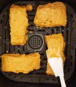 Brush marinade tandoori salmon air fryer